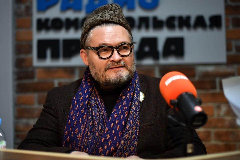 Историк моды и телеведущий Александр Васильев виделся с Надеждой Бабкиной 31 марта, то есть восемь дней назад.