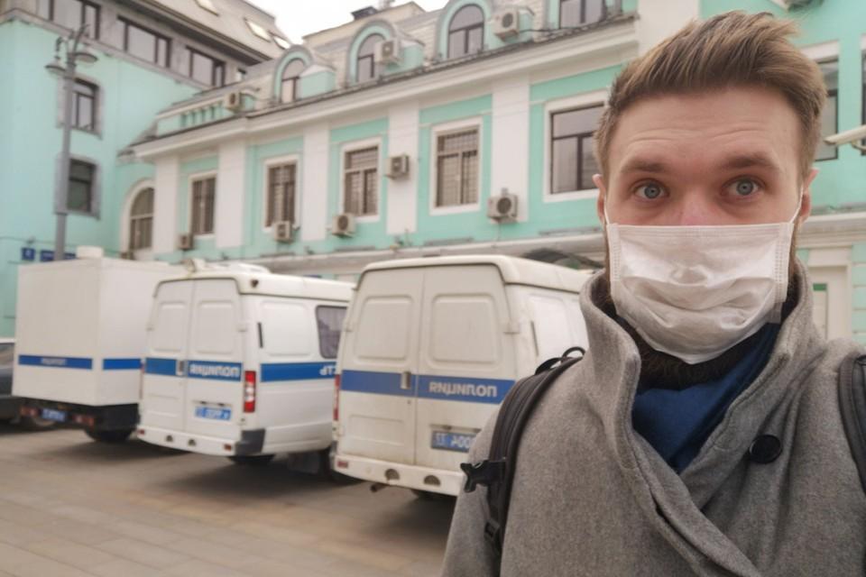 Корреспондент «КП» прошелся по пустому городу, рискуя нарваться на штраф