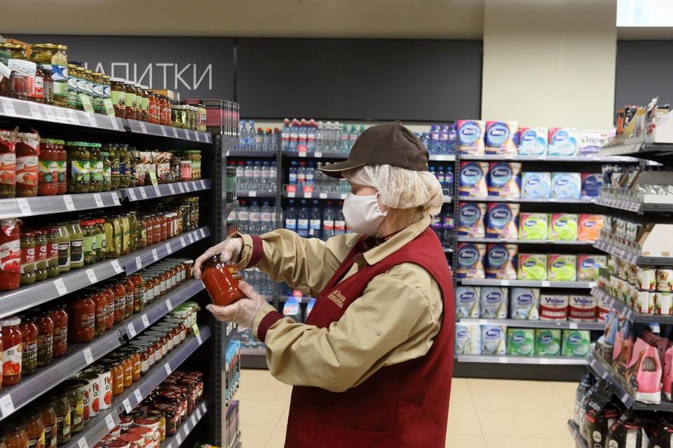 Минфин предлагает поэтапно снимать запрет на продажу алкоголя онлайн