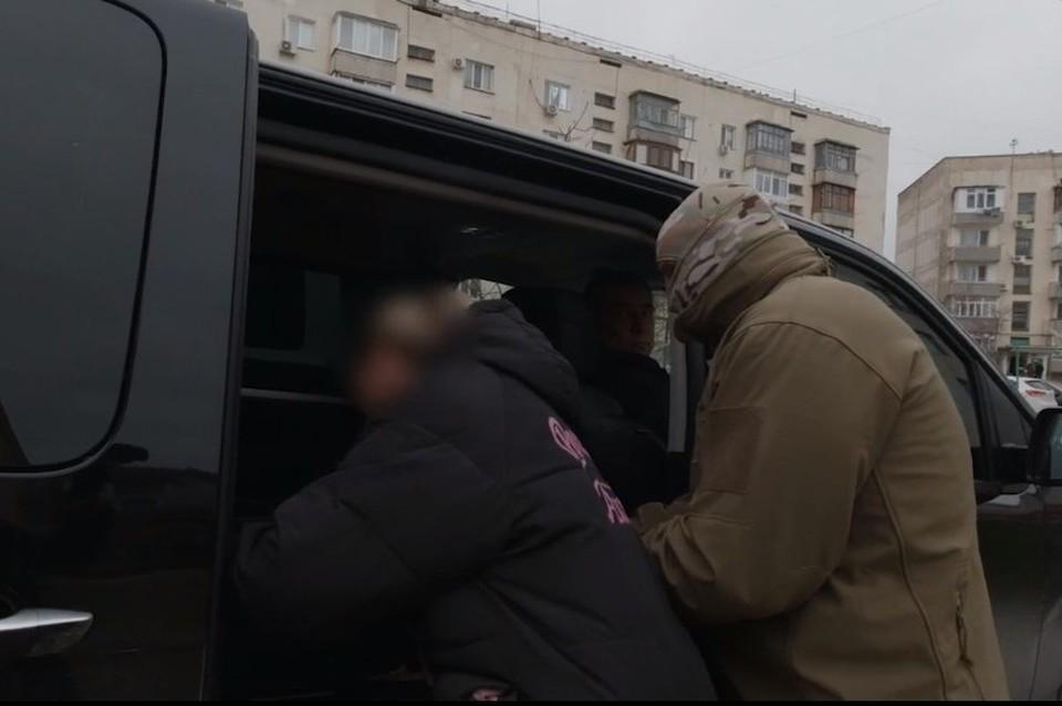 Женщина передавала секретные сведения, которыми располагала по долгу службы. Скриншот оперативного видео ФСБ
