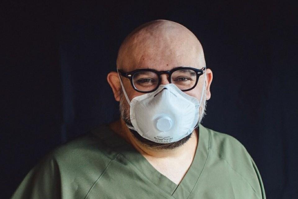Дениc Проценко сообщил, что в клинике проходят лечение 493 пациента
