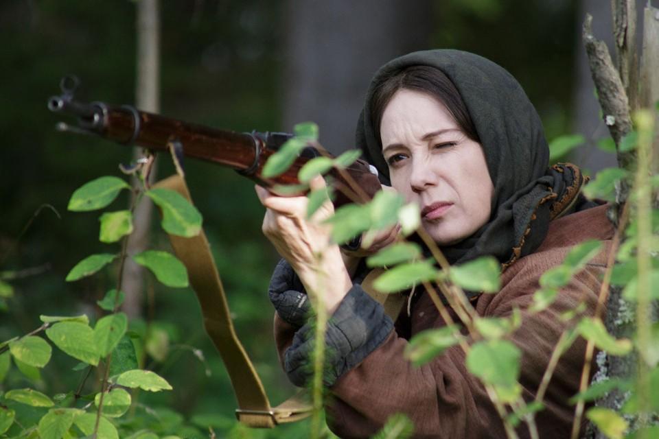 Каждый новый эпизод экранизации романа Гузель Яхиной «Зулейха открывает глаза» на канале «Россия 1» рождает все новые скандалы и скандальчики.