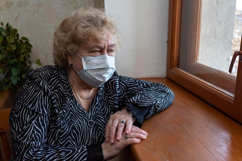 Люди зрелого возраста оказались в группе риска в условиях пандемии коронавируса.