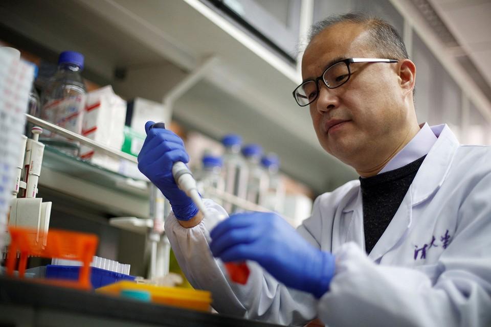 С начала эпидемии вирусологи успели выявить 58 различных мутаций COVID-19.