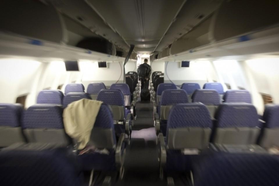 Крупнейшие американские авиакомпании решили переделать свои пассажирские лайнеры в грузовые самолеты