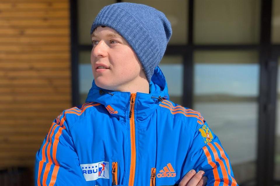 Никита Морозов (на фото) сделал по дому и вокруг него 1 миллион 124 тысячи 43 шага.
