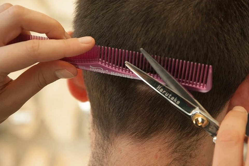 На Ямале возобновляют работу парикмахерские, бани, химчистки и магазины Фото: pixabay.com