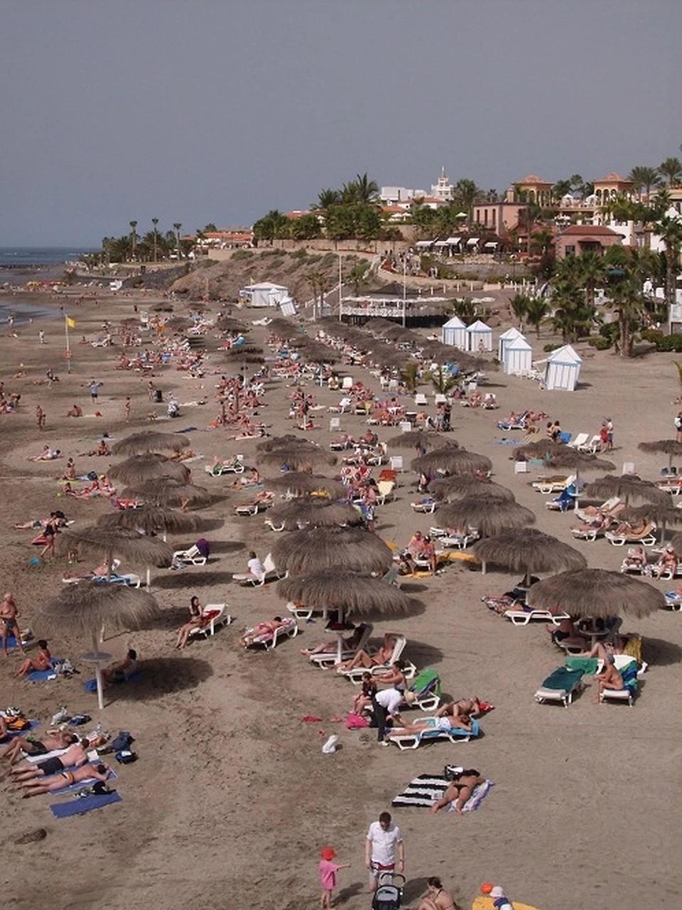 Власти Испании планируют, что пляжи страны в этом году будут заполнены