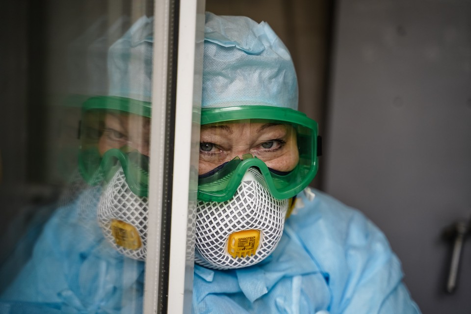 Количество тестов на коронавирус в Крыму стало вдвое больше