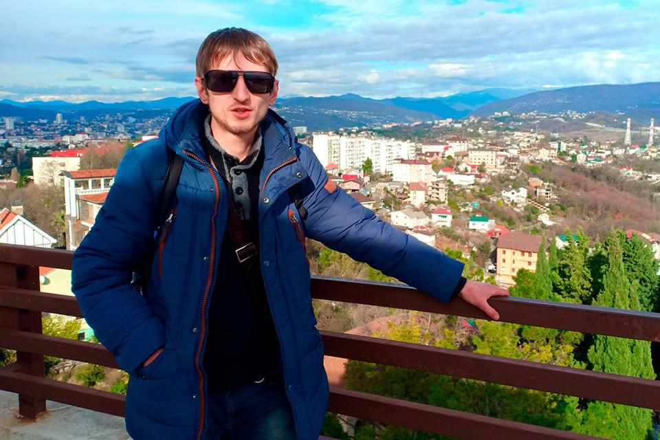 Безработный Алексей Барышников взял в заложники посетителей московского банка.