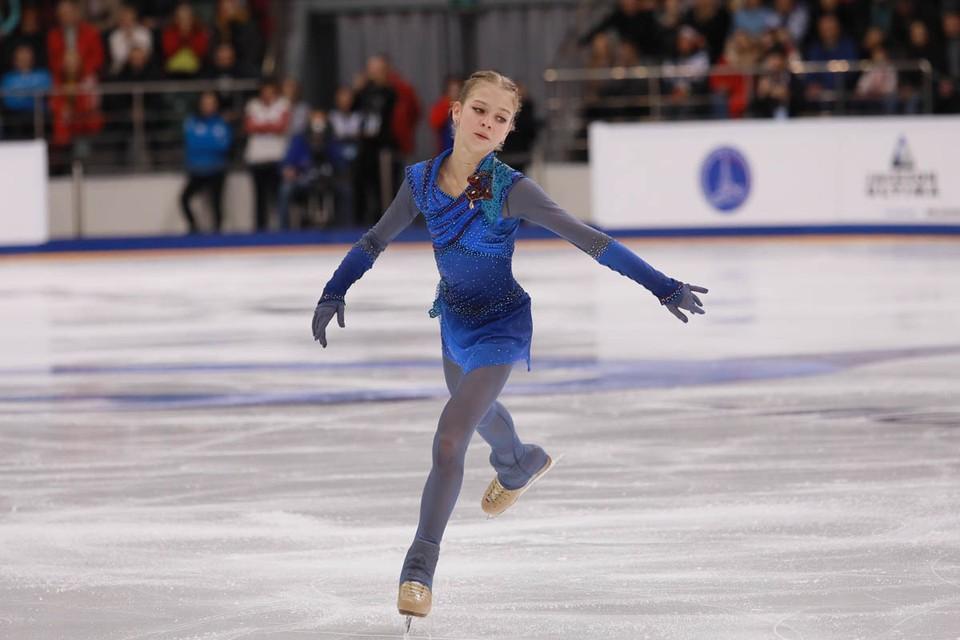 Вчера стало известно, что 15-летняя российская фигуристка Александра Трусова уже в третий раз попала в Книгу рекордов Гиннесса.