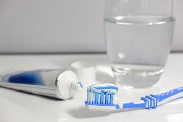 Тюменских стоматологов порадовала новость о том, что из состава зубных паст уберут сахарозу