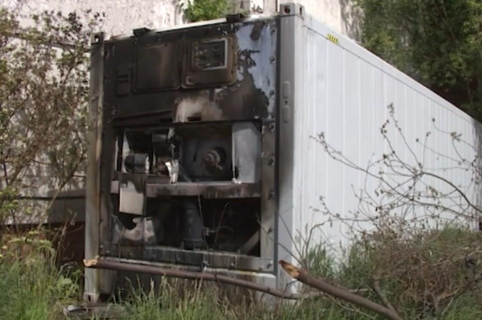 Установлена причина пожара в рефрижераторе с телами зараженных COVID-19 в Санкт-Петербурге. Фото: комздрав Санкт-Петербурга