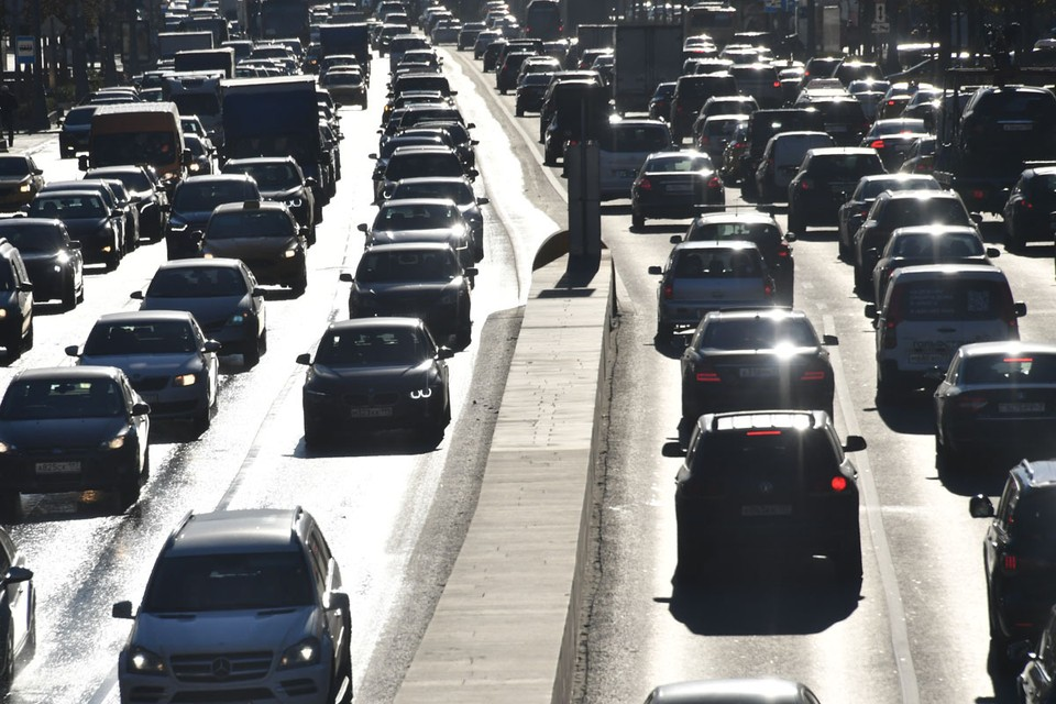 Автомобильный трафик всего на 20% меньше допандемийных времен