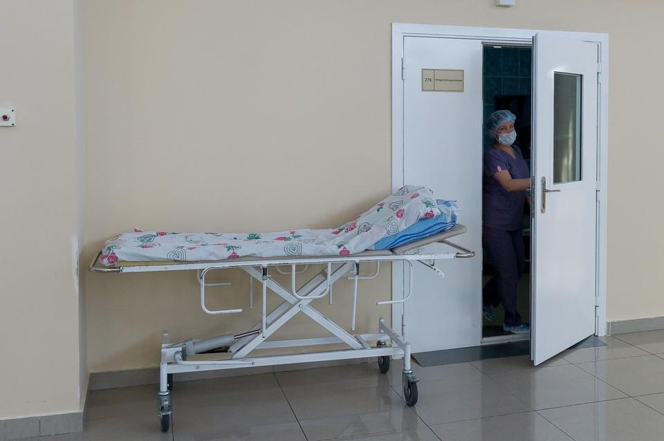 Суд обязал отдать петербурженке тело умершей матери.