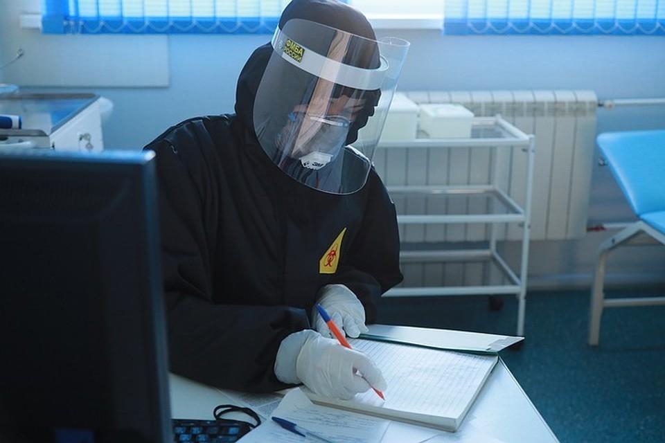 Число инфицированных коронавирусом в России за сутки возросло на 8835 человек
