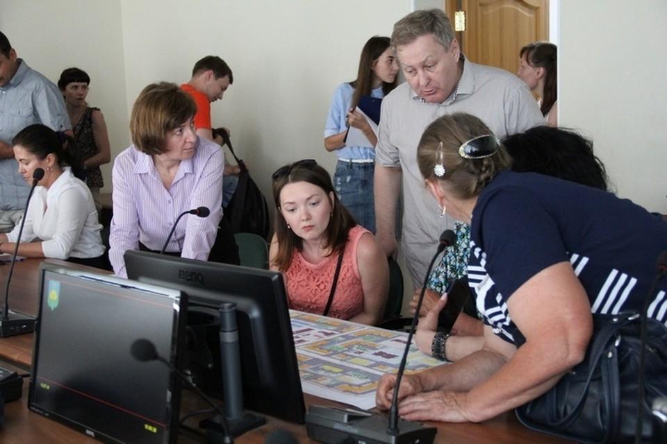 Фото администрации Сыктывкара: так проходили общественные слушания в 2018 году