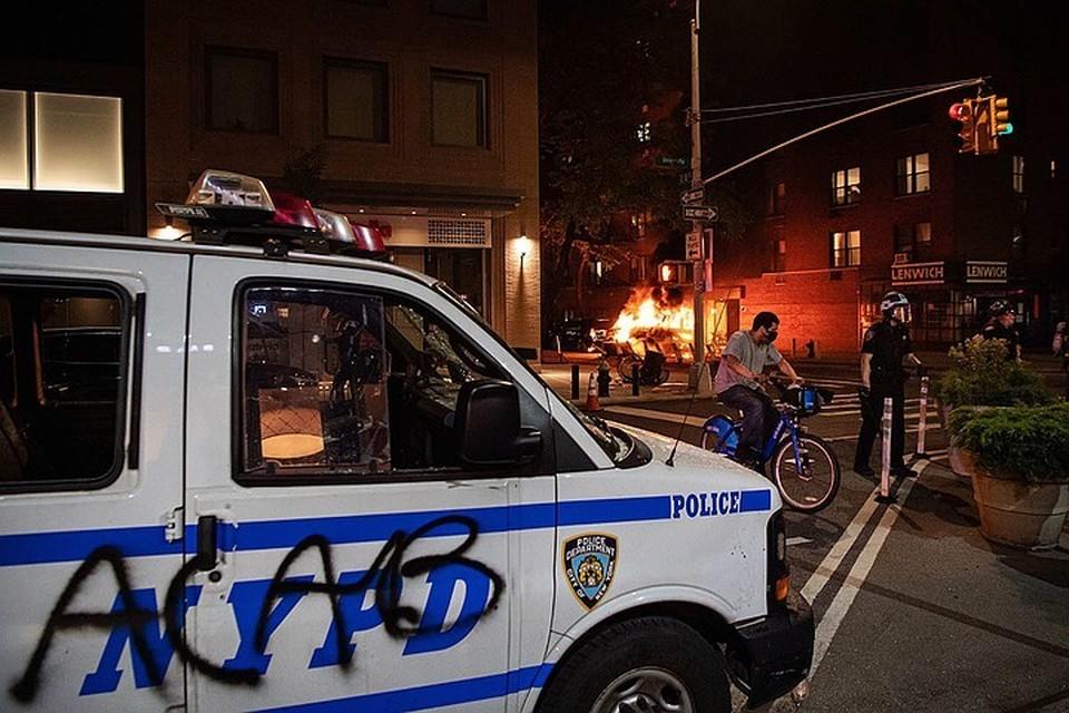 Американская полиция - это опухоль, душащая общество