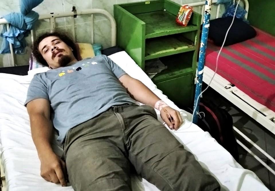 Ростовчанин находится в местном госпитале. У него обострилась язва желудка. Фото: соц. сети.