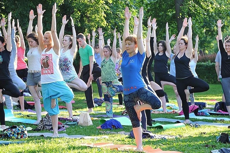Бесплатные занятия йогой в 20 парках Москвы