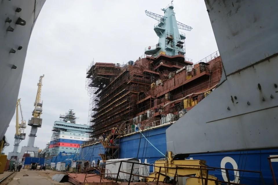 """""""Северная верфь"""" объявила закрытый конкурс на реконструкцию судостроительного завода."""