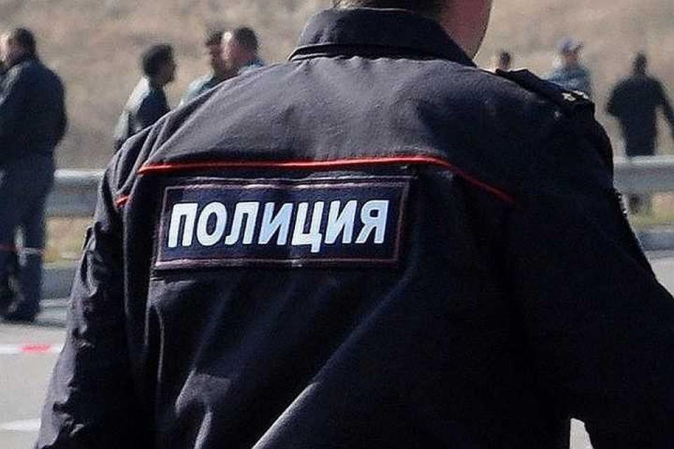 В Кропоткине мужчина попался во время использования чужой банковской карты. Фото ГУ МВД края