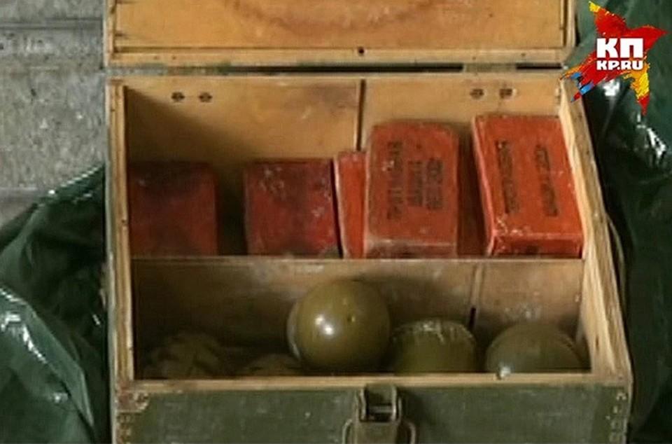 Работника дзержинского завода, выносившего взрывчатку в перчатках, оштрафовали на 12 тысяч рублей.