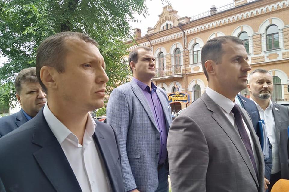«Мы готовы сдать мандаты»: депутаты фракции ЛДПР высказались по задержанию Сергея Фургала