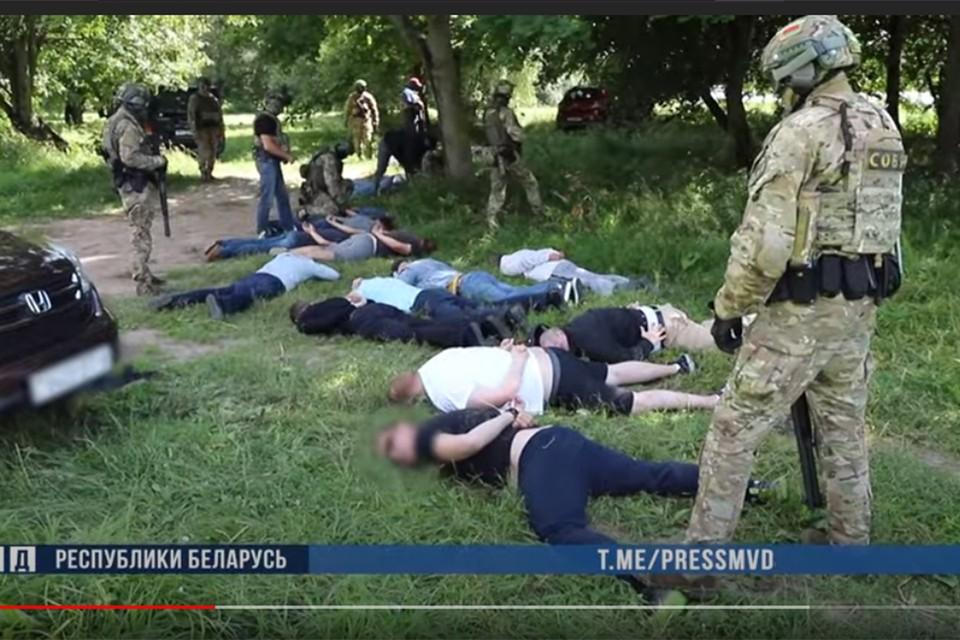 На озере ГУБОПиК наловил уголовных авторитетов. Фото: кадр из видео МВД.