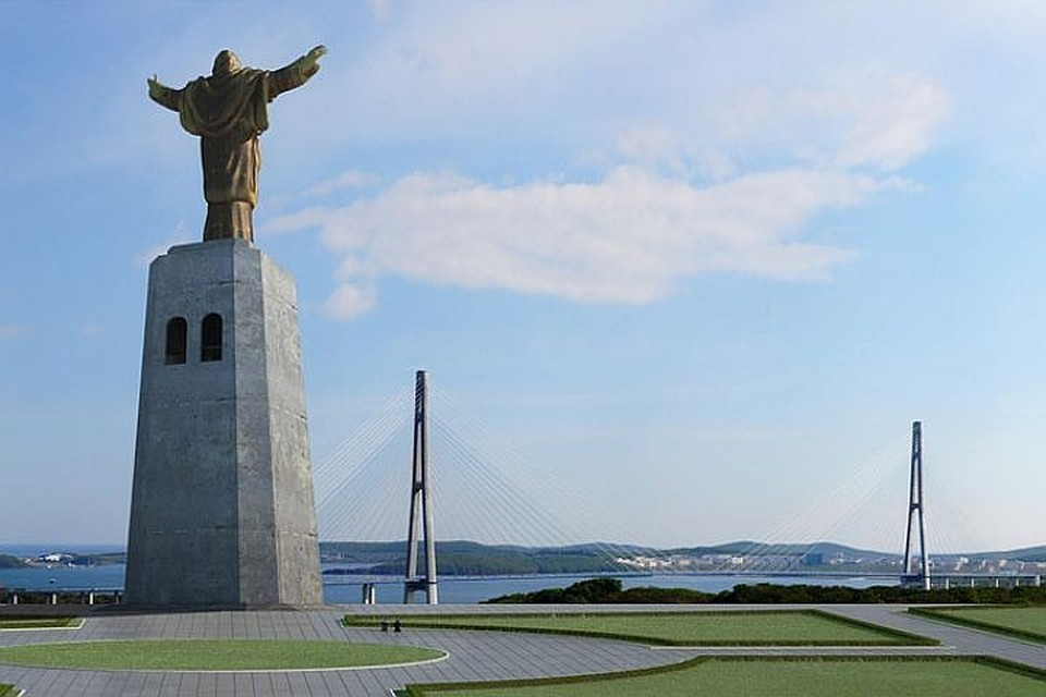 33-метровую бронзовую скульптуру на 47-метровом постаменте планировали поставить в Санкт-Петербурге в 2016-м году. Фото: предоставлено Владивостокской епархией