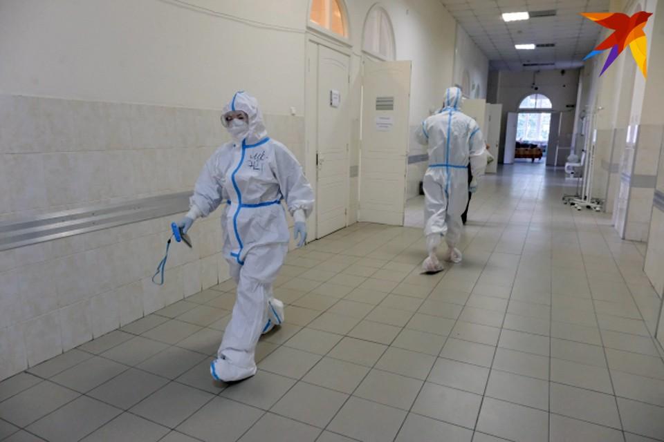 В больницах Мурманской области больше 250 коек для пациентов с коронавиурсом свободны.