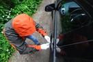 У сына крупного бизнесмена угнали авто за 7,5 млн рублей с двумя «лямами» в багажнике
