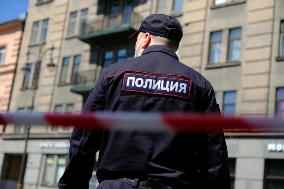 Налетчик ограбил банк на Васильевском острове в Санкт-Петербурге.