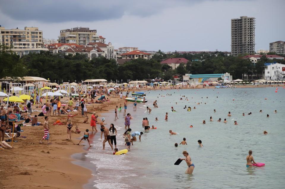 Рассказываем о том, какая будет температура воды в Черном море 30 июля.