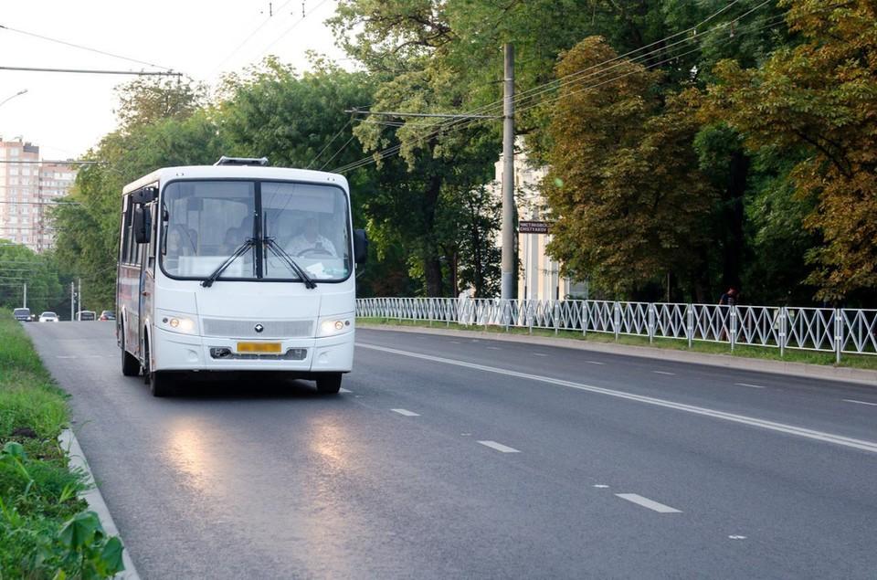 В общественном транспорте Краснодара усилили контроль за соблюдением масочного режима. Фото: пресс-службы городской мэрии.