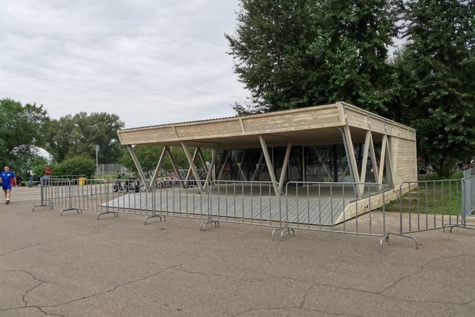 В Красноярске на Татышеве появились новые павильоны проката. Фото: пресс-служба администрации города