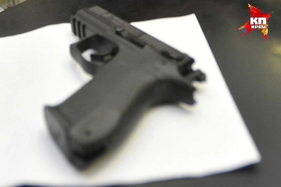 Мужчина трижды выстрелил в оппонента