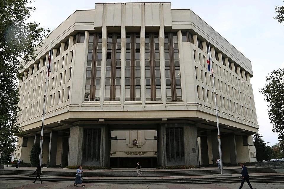 В конце июля украинские власти сообщили, что стратегию «деоккупации» Крыма уже разработали, но держат ее в тайне