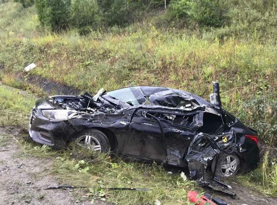 В легковом автомобиле пострадали 2 человека. Фото: ГИБДД по Пермскому краю.