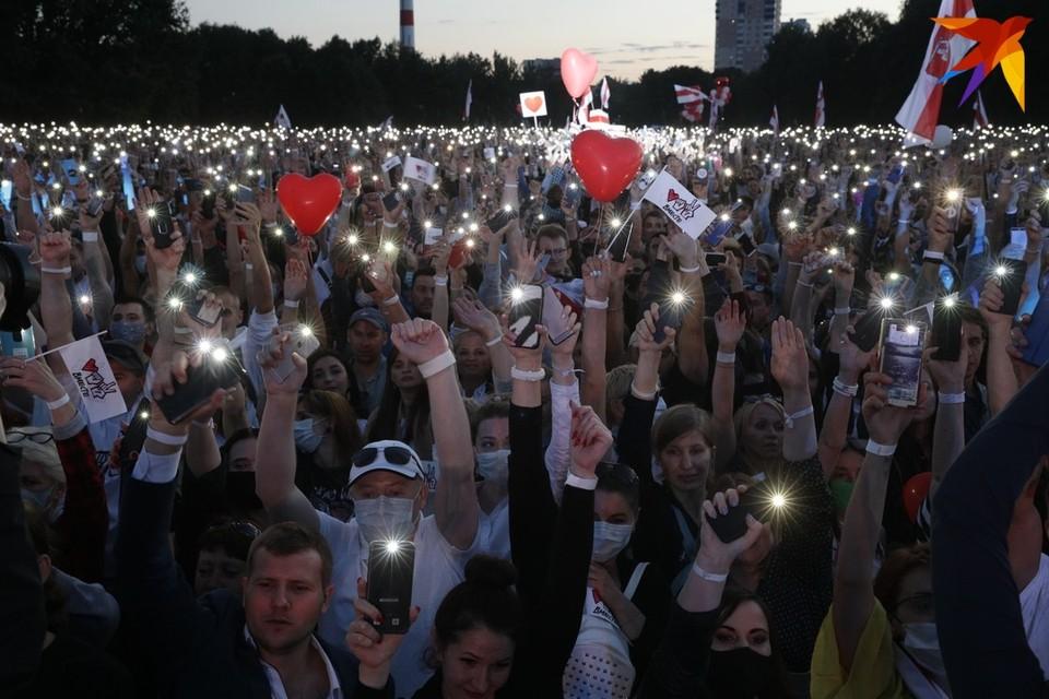 Штаб Тихановской подал жалобы в ЦИК и Мингорисполком на проведение стороннего мероприятия 6 августа в парке Дружбы народов