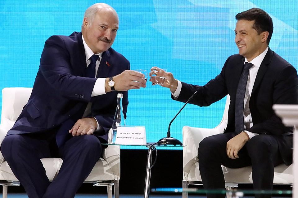 Официальные украинские СМИ уже неделю пишут о готовящейся личной встрече двух президентов - Зеленского и Лукашенко. Фото: Петр Сивков/ТАСС
