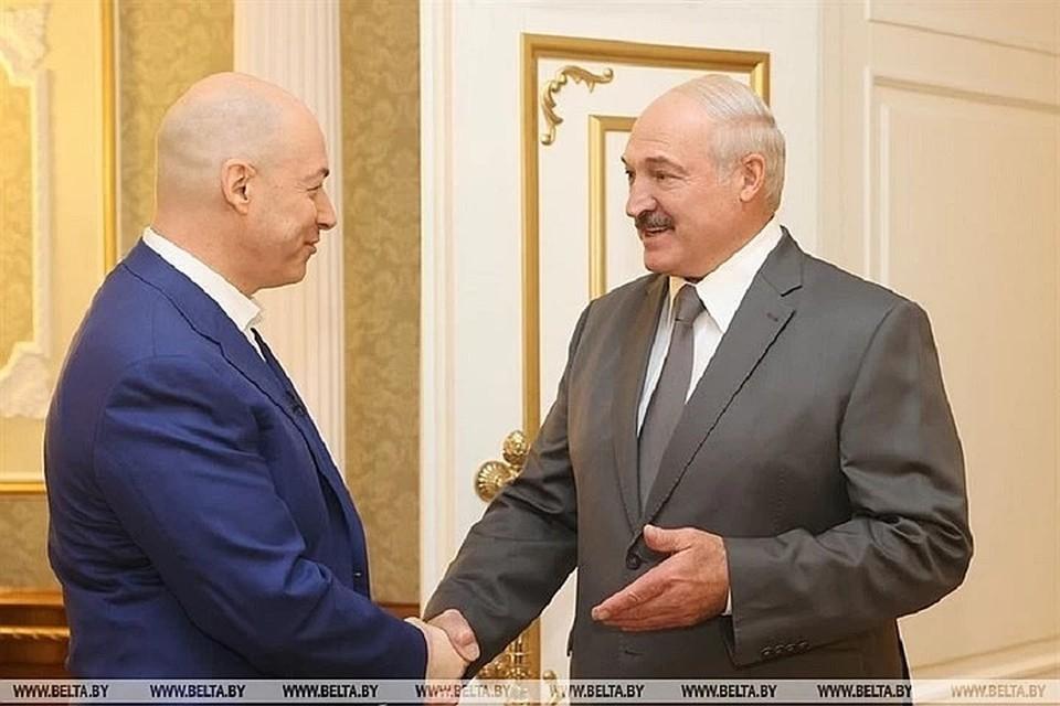 Александр Лукашенко в интервью украинскому журналисту заявил, что воевал бы за Крым. Фото: БелТА.