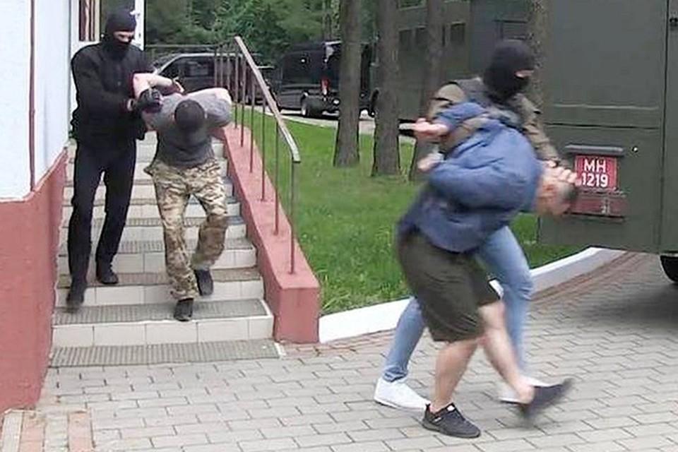 Россиян обвинили в «приготовлении к участию в массовых беспорядках» и подшили к делу местных оппозиционеров.