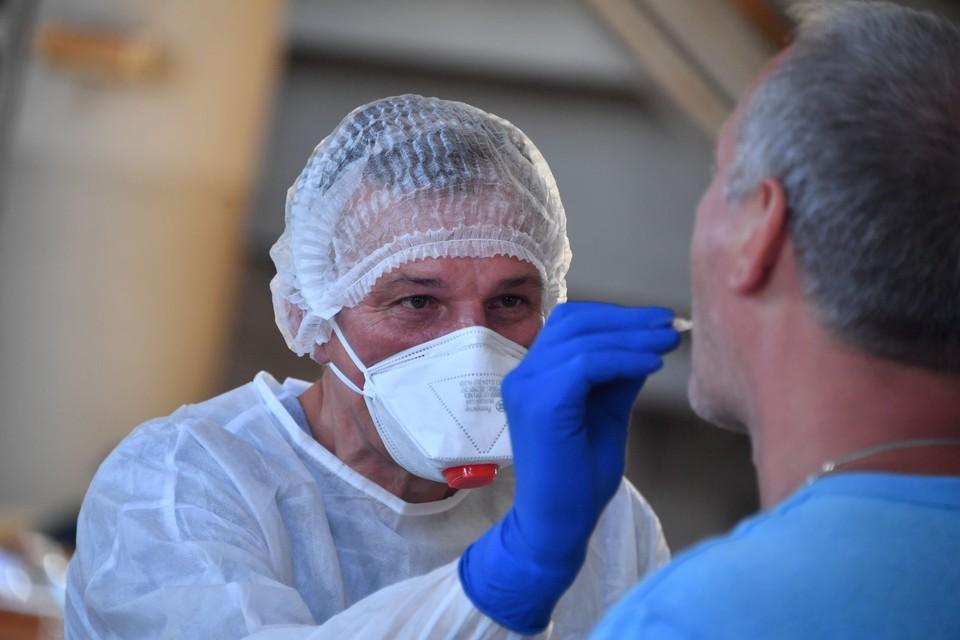 Только за минувшие сутки в Ростовской области провели 4 674 теста на коронавирусную инфекцию.