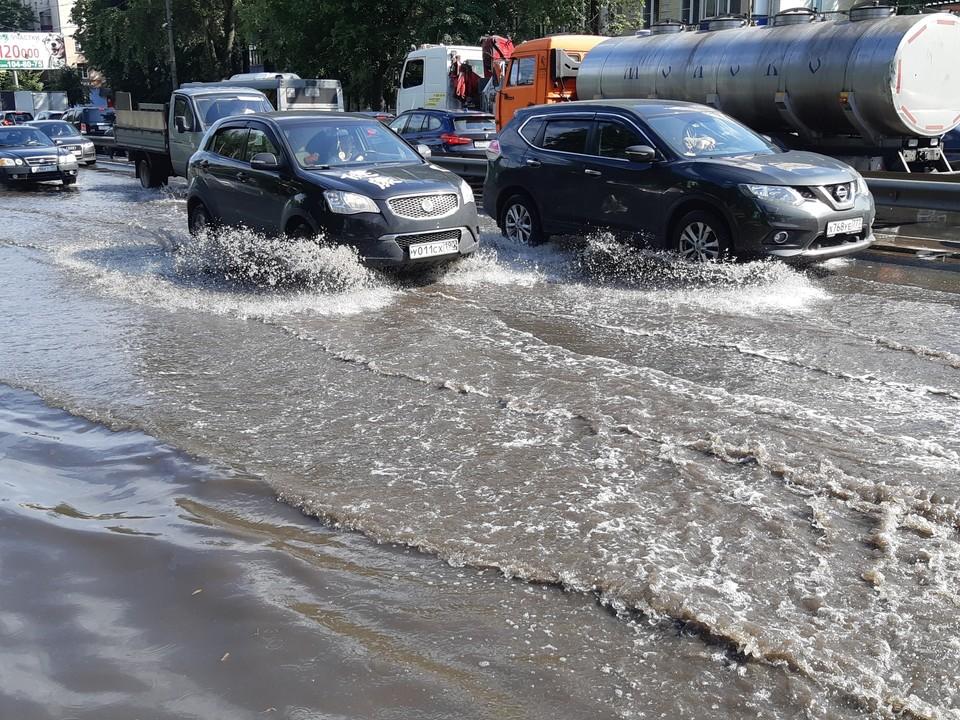 Сейчас транспорт не может добраться только до приморского села Олон