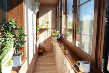 У сибиряка забрали квартиру из-за незаконно построенного балкона