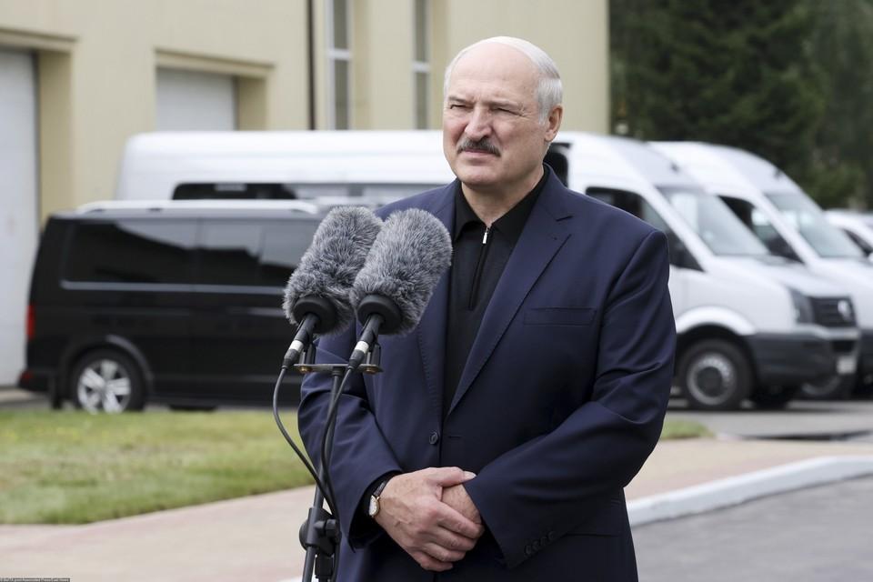 Лукашенко отправился с проверкой на агрокомбинат «Дзержинский»