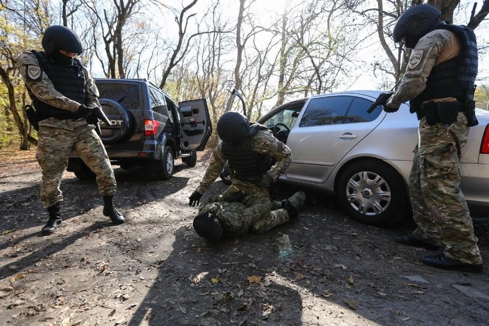 Один из боевиков привел в действие пояс шахида, второй скрылся