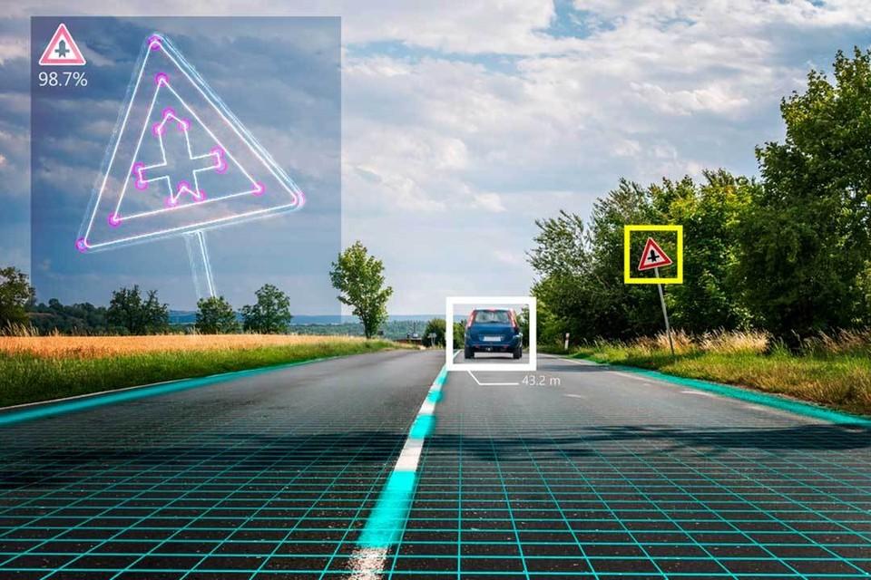 «Видеть» всю обстановку на дороге система может за счет эффекта Доплера.