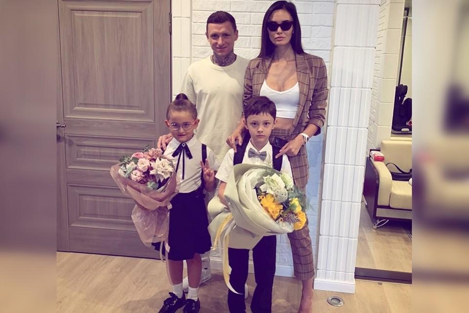 Алана Мамаева поздравила подписчиков с Днем знаний. Фото: instagram.com/alana_mamaeva/